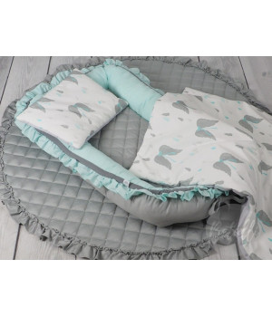 Play mat with frill Grey